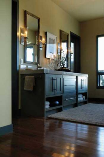 Wellborn Cabinets I HNR CDF MPL SAG1 72M