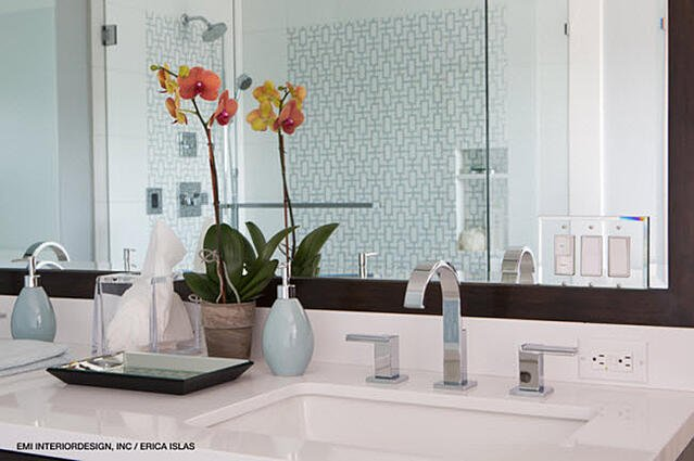 It's smart to install lever faucets from the outset – or to replace your current faucets with a lever design.