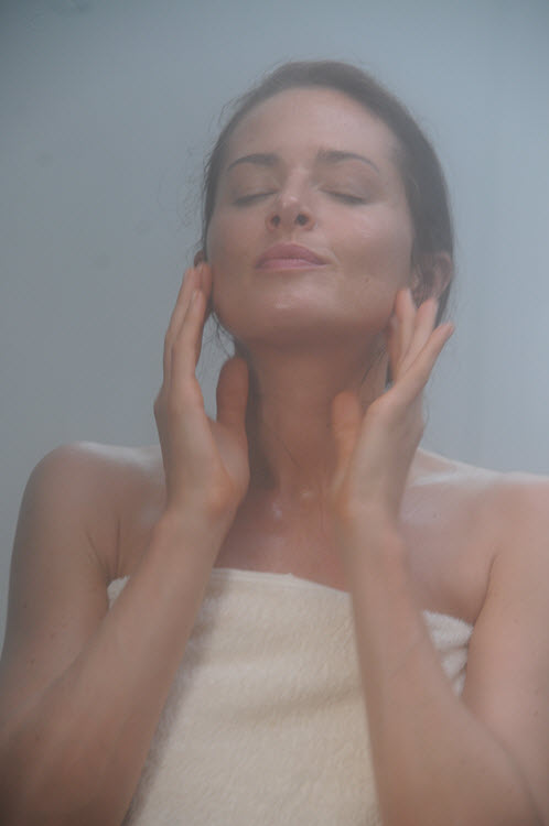 How a Steam Room Benefits Your Workout: beautiful skin
