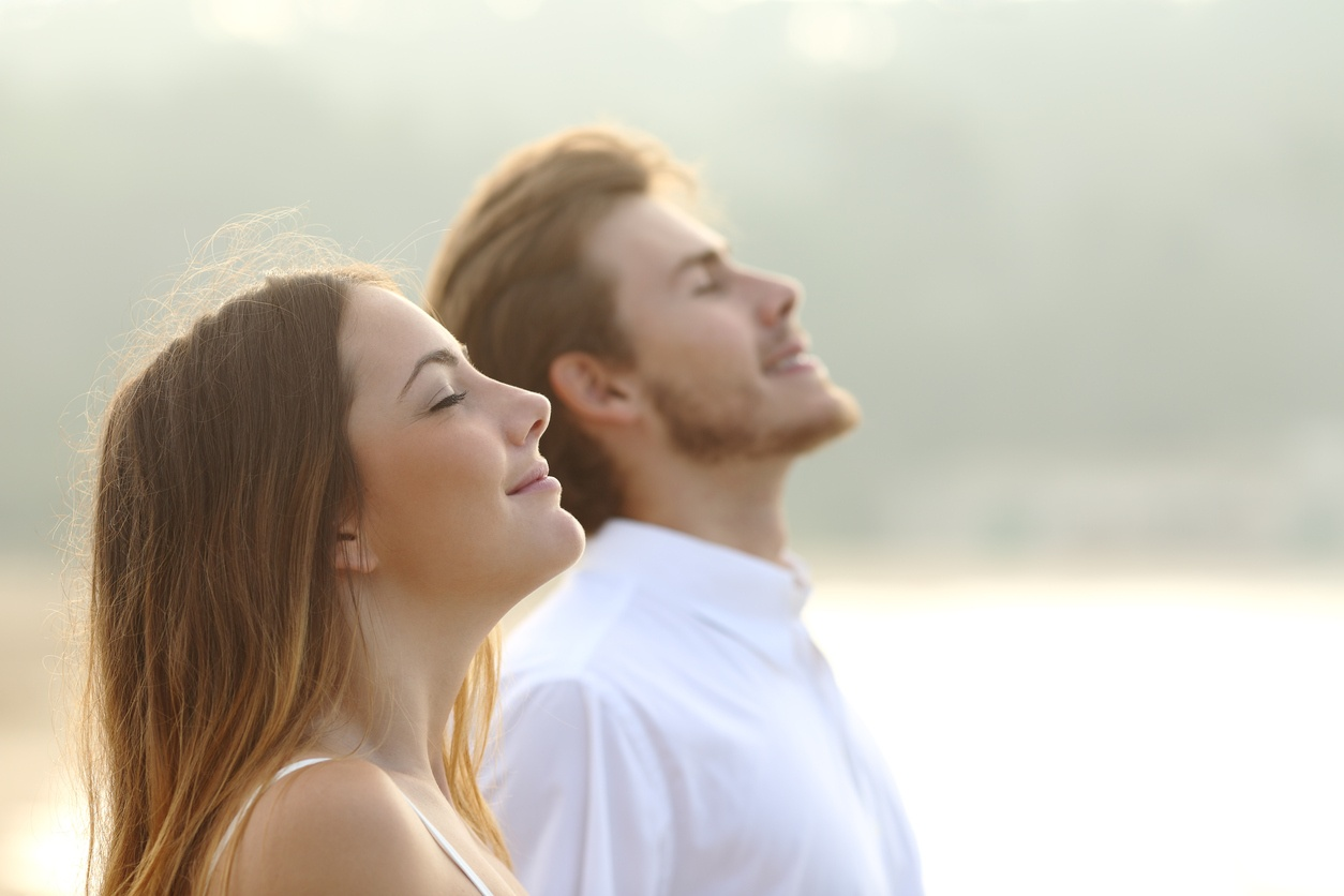 SteamTherapy improves breathing, opening up nasal passages.