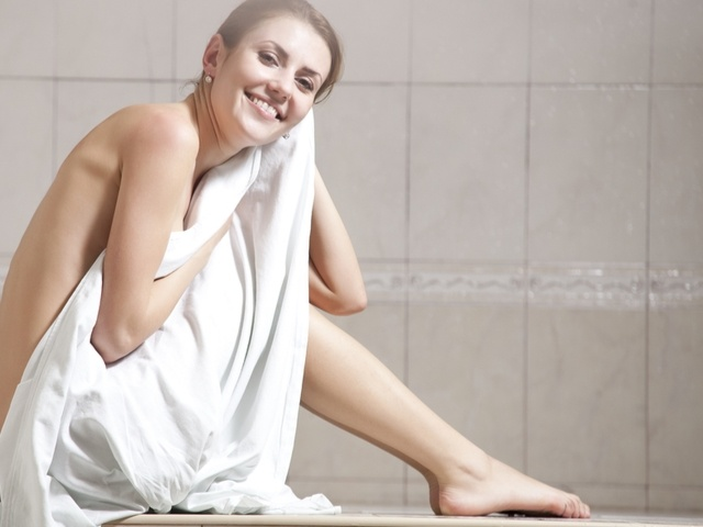 How a Steam Room Benefits Your Workout: body weight management