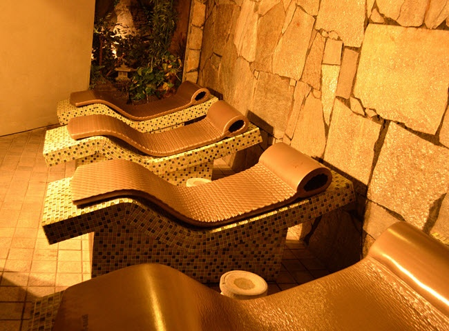 The Beverly Hot Springs Spa, which claims to be the only spa in Los Angeles fed by a natural underground spring.