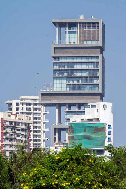 Mumbai's Antilia features steam showers by MrSteam