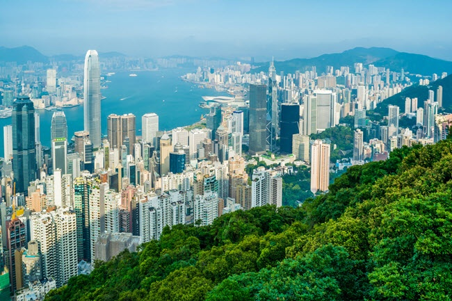 Homes in Hong Kong's The Peak feature MrSteam