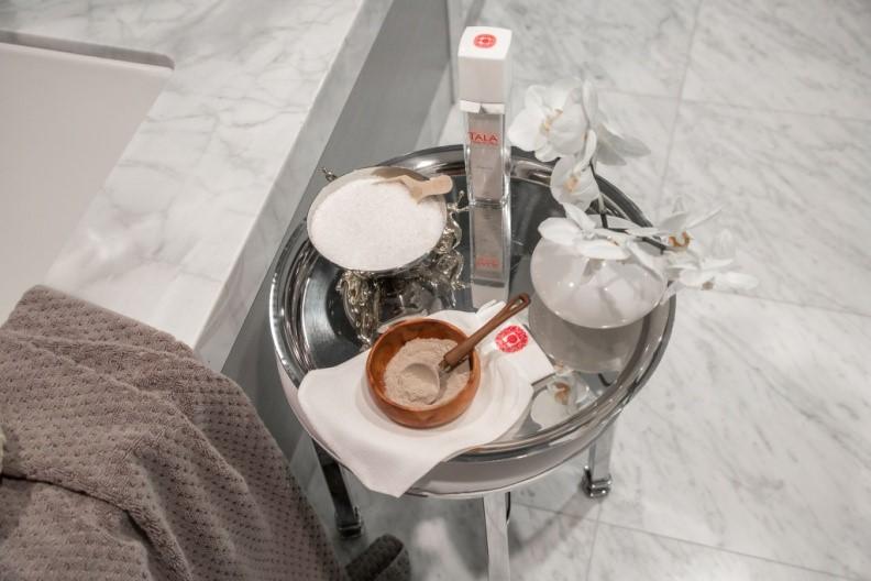 Apply TALA® Bath & Body Rhassoul Lava Clay and enjoy a 15-20 minute full steam.
