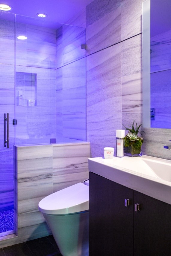 Switch on the chromatherapy and revel in the mood-setting spectrum of lights.