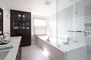 EMI Interiors Vista Street Master Bathroom045