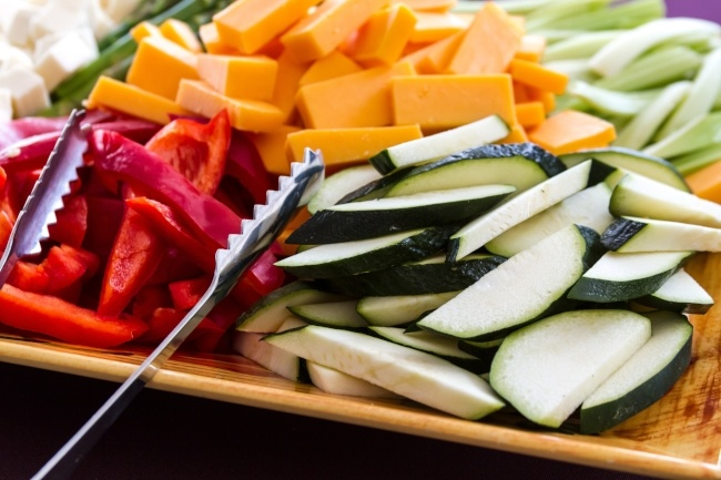Eat natural foods first for healthy eating this summer