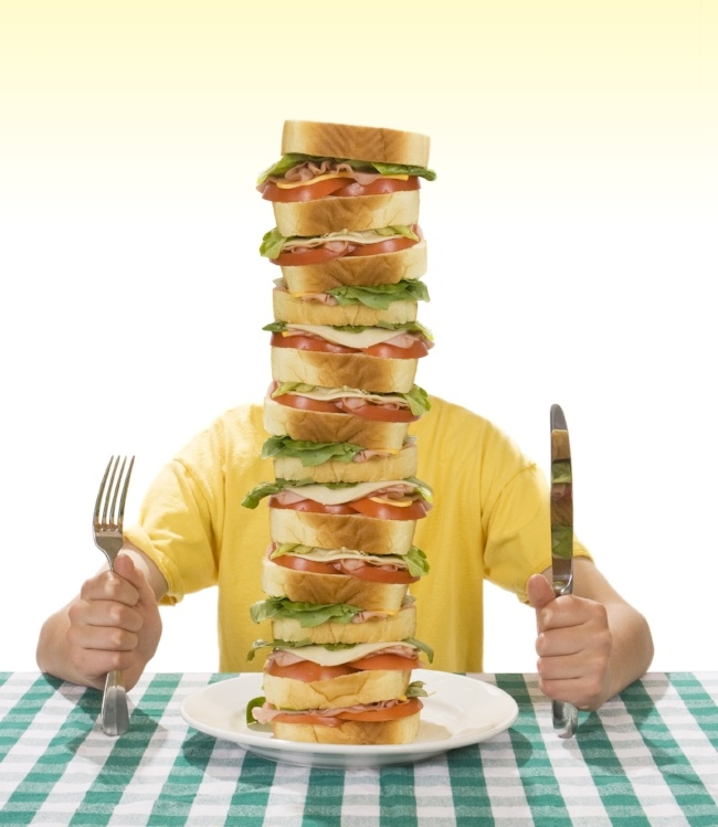 Mind your portions and eat healthy this summer