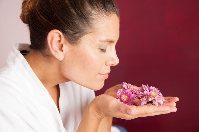 How Your Sense of Smell Taps into Memory, Emotion and SteamTherapy