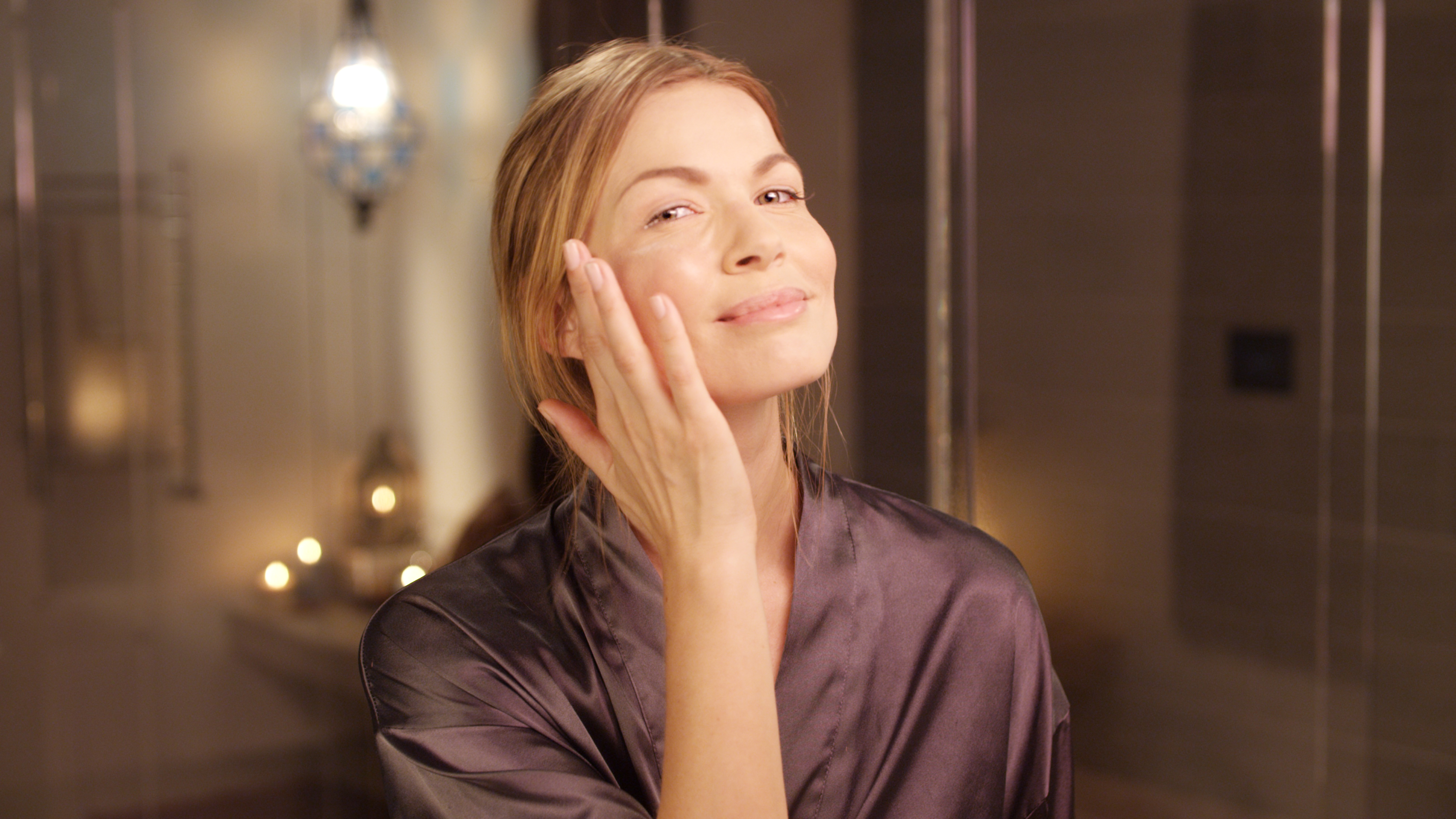 Steam Rooms: The Surprising Anti-Aging Treatment